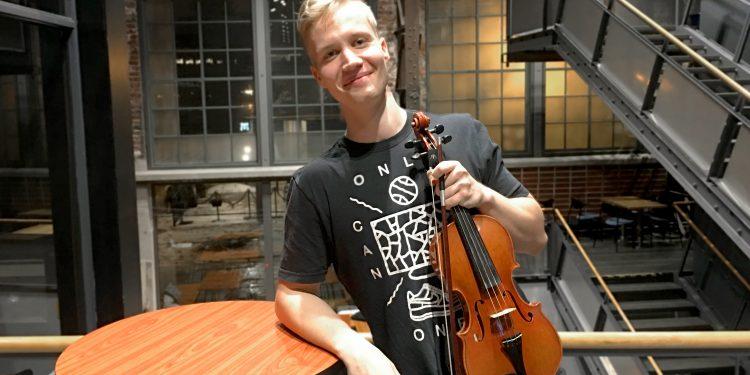 Mitä yhteistä on viulistin sormilla ja salamalla?