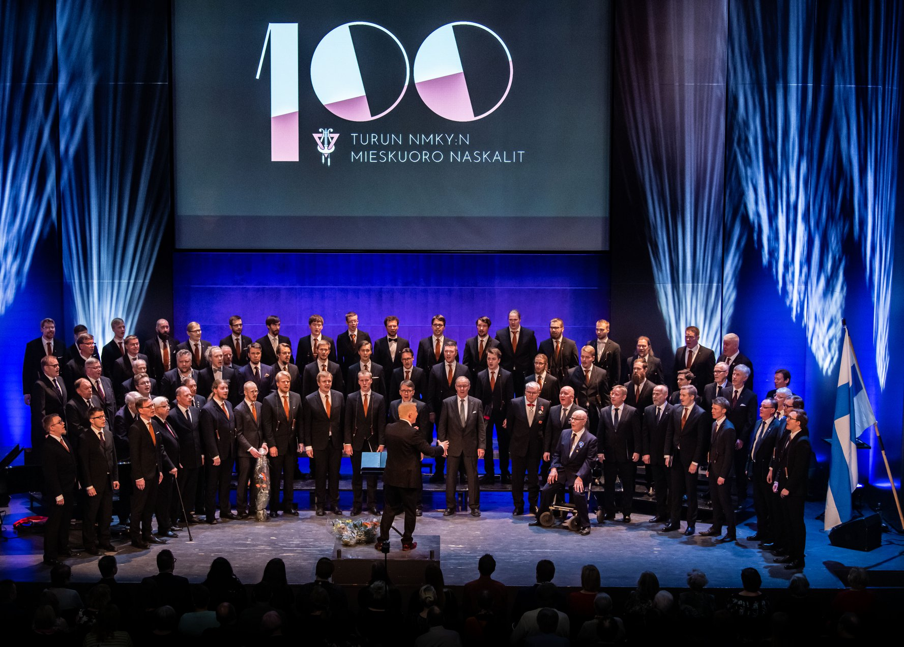 Naskaleiden 100-vuotisjuhlakonsertti: Laulu kantaa aikain taa